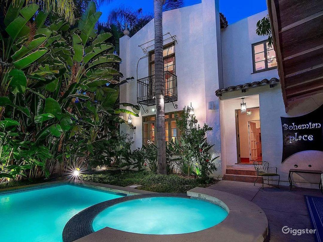 Private Bohemian Villa Photo 1