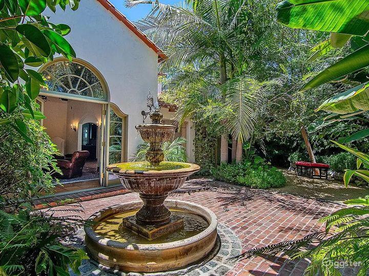 Private Bohemian Villa Photo 3