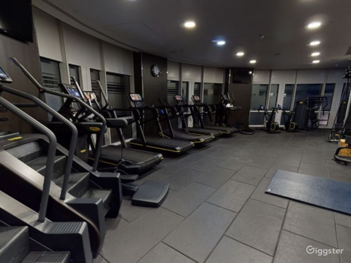 24-hour Hotel Gym in Canary Wharf, London Photo 3