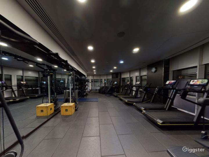 24-hour Hotel Gym in Canary Wharf, London Photo 2