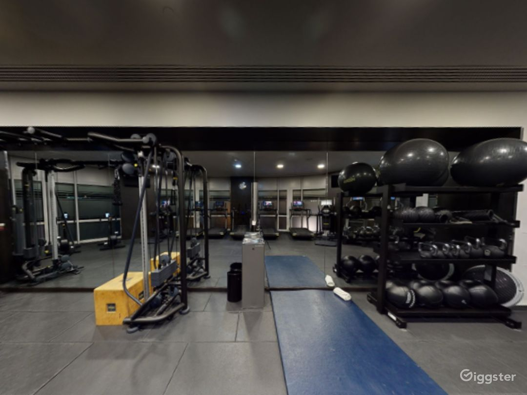 24-hour Hotel Gym in Canary Wharf, London Photo 1