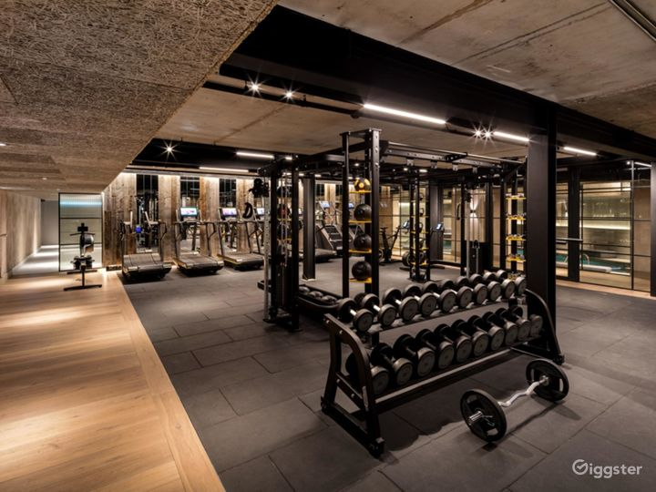 Modern & Elegant Gym in Manchester Photo 2