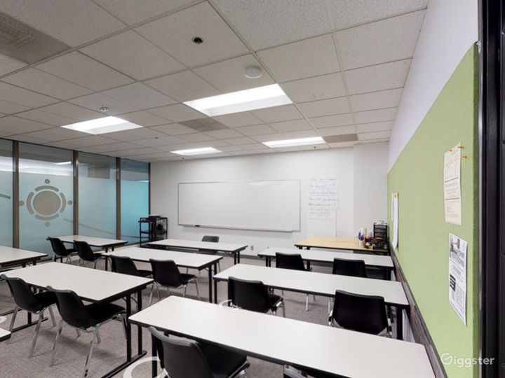 Spacious and Well-Equipped Classroom in Portland Photo 2