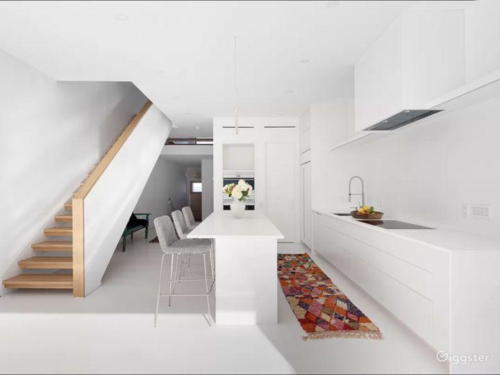 White Kitchen, White Island
