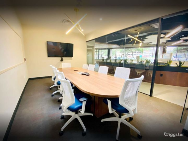 Clean & Professional Conference Room in Richardson Photo 4