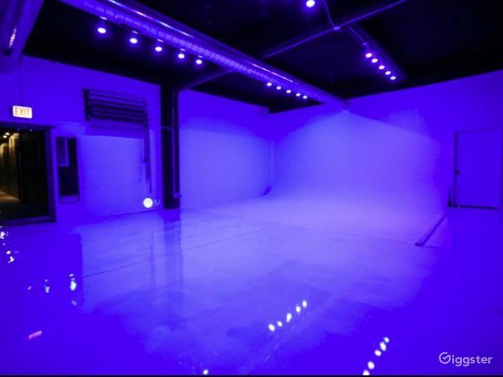 Natural Light Photo / Video Studio with Cyc Wall & RGB Lights Photo 2