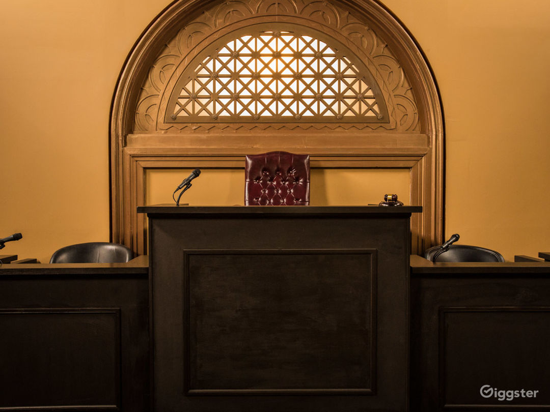 Courtroom Standing Set Photo 5