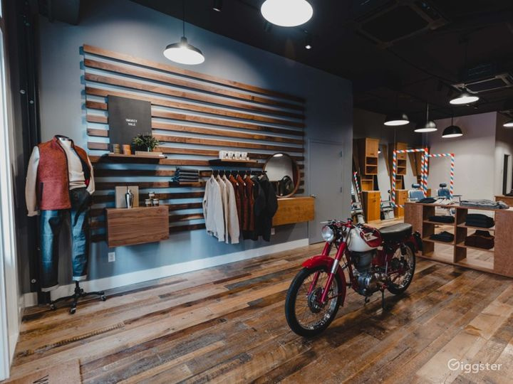 Serene vibe Concept Store, Gallery and Barbershop in Brooklyn Photo 2