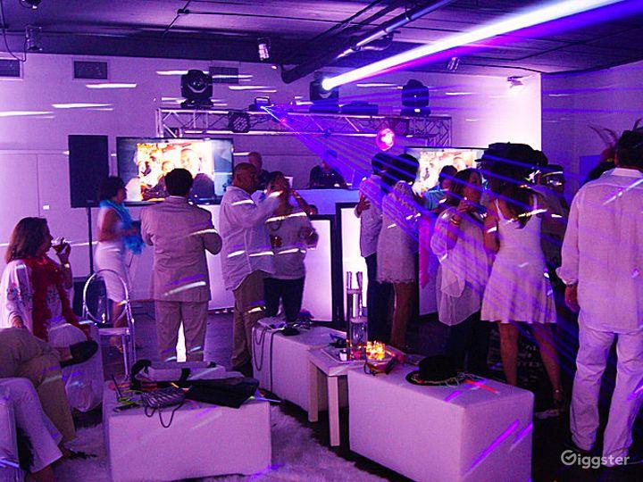 Uniquely Designed Contemporary Event Space Photo 5