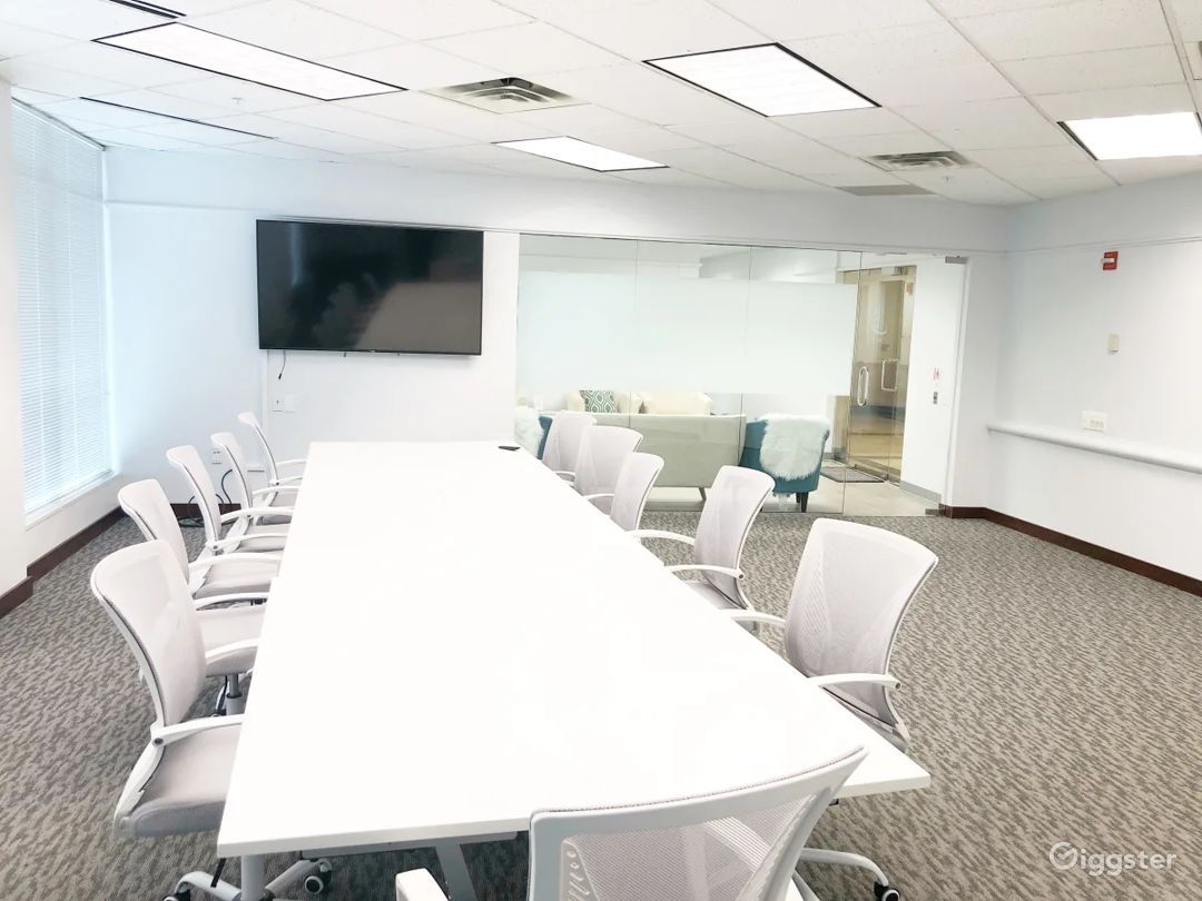 Affordable Conference Room Photo 1