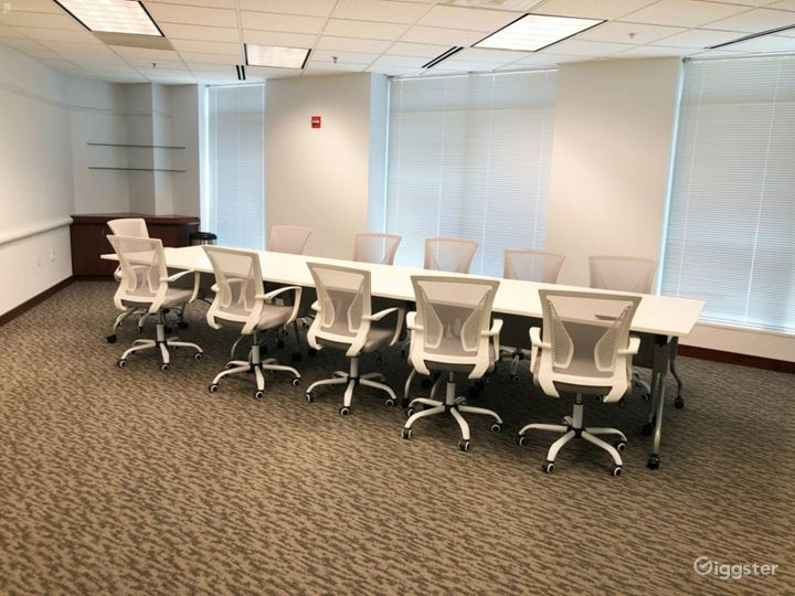Affordable Conference Room Photo 2
