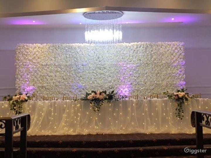 Magnificent MEC Ballroom for Events Photo 3