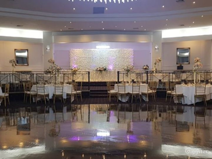 Magnificent MEC Ballroom for Events Photo 2