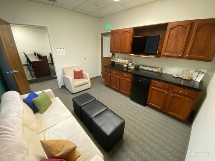 Focus Group Facility and Office Space in Pasadena Photo 5