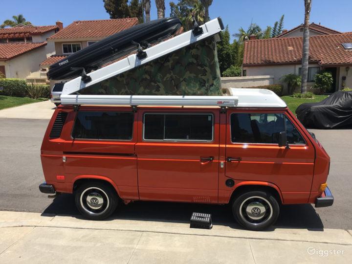 Unique Classic Poptop Hipster Van Photo 2