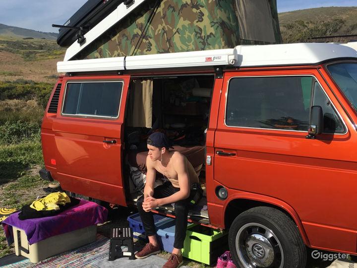 Unique Classic Poptop Hipster Van Photo 4