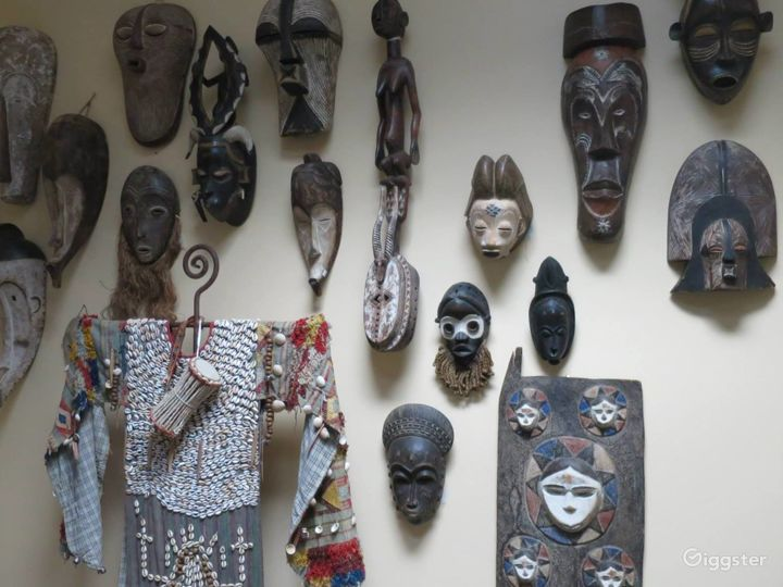 African Gallery Perfect for Small Events and Filming Photo 4