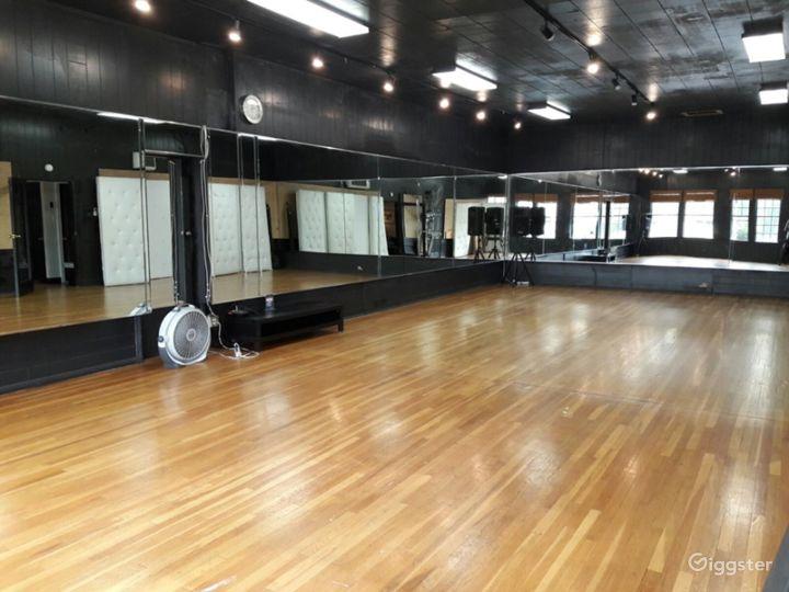Prized Dance Room in Torrance Photo 4
