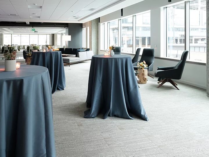 Versatile Ballroom and Event Space - Slacktide Photo 3