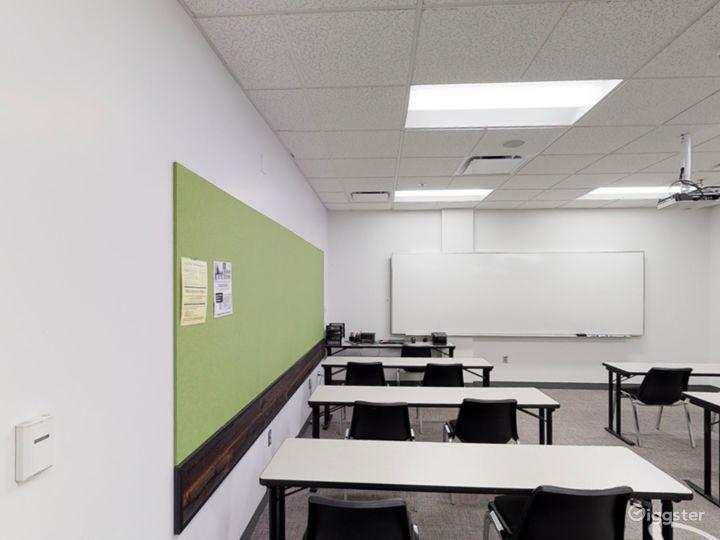 Contemporary Classroom in Portland Photo 3