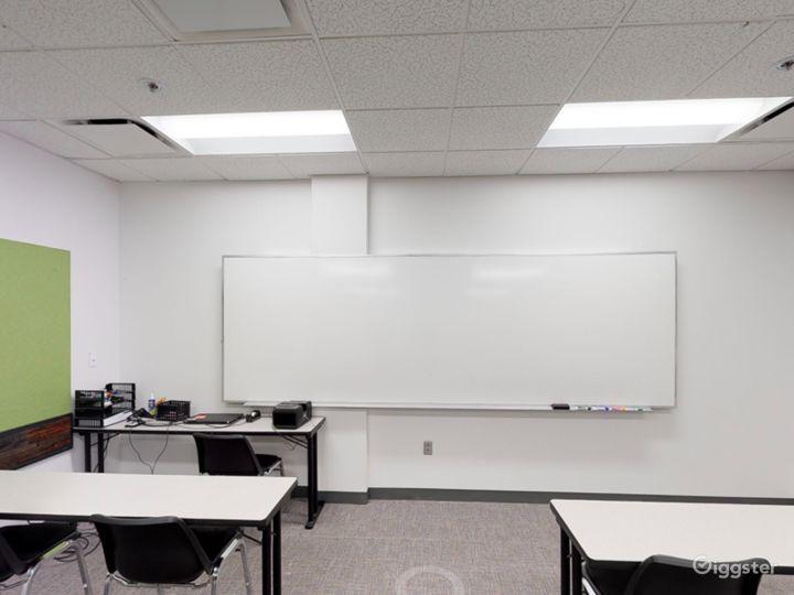 Contemporary Classroom in Portland Photo 4