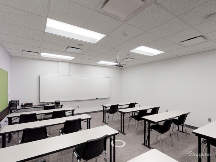 Contemporary Classroom in Portland Photo 2