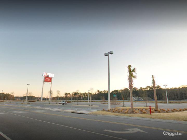 An Enormous Parking Space in Savannah Photo 2