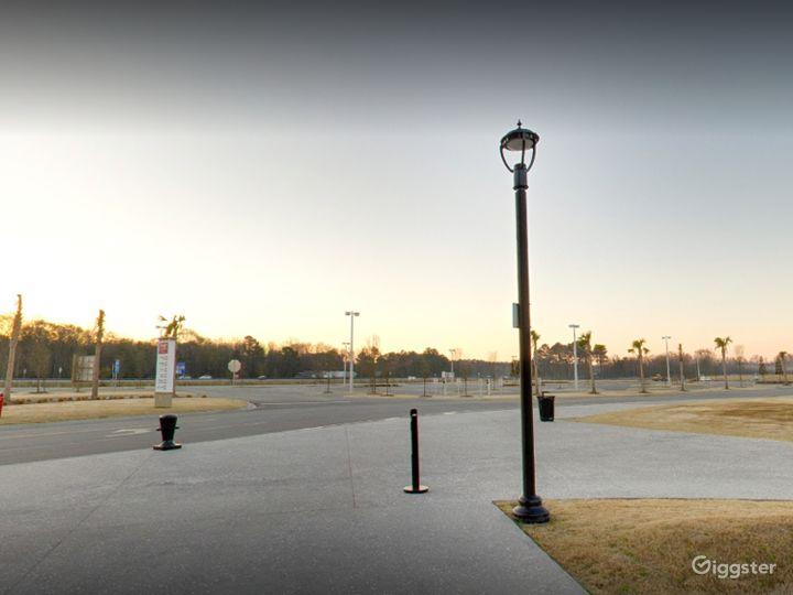 An Enormous Parking Space in Savannah Photo 3