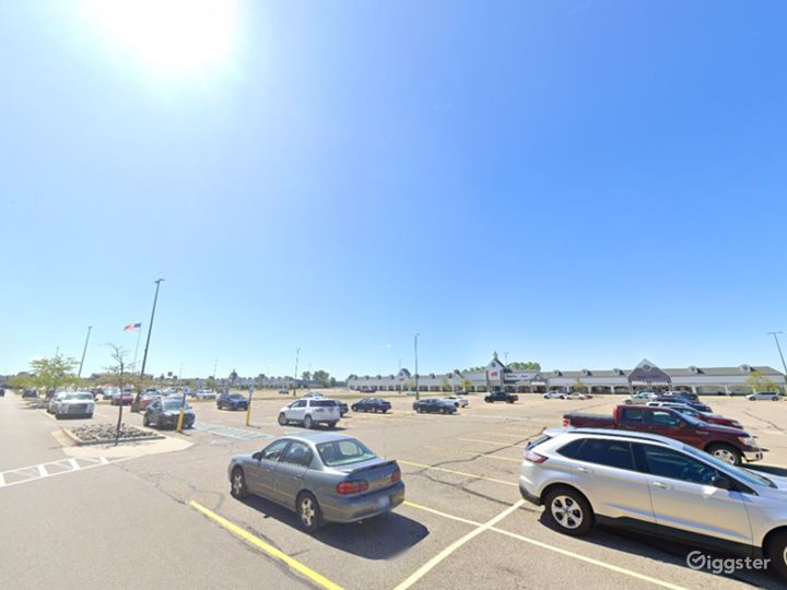 Spacious Parking Lot in Howell Photo 4