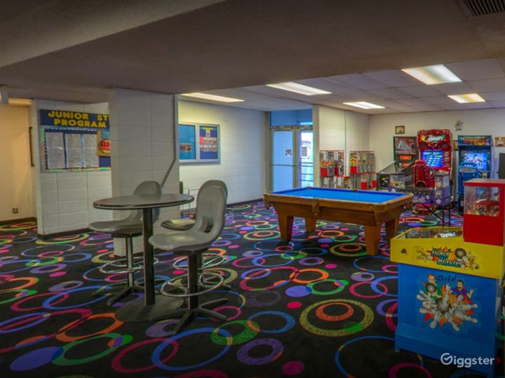 Arcade with Pool Table for Events in Tucson Photo 2