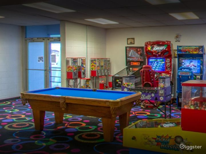 Arcade with Pool Table for Events in Tucson Photo 3