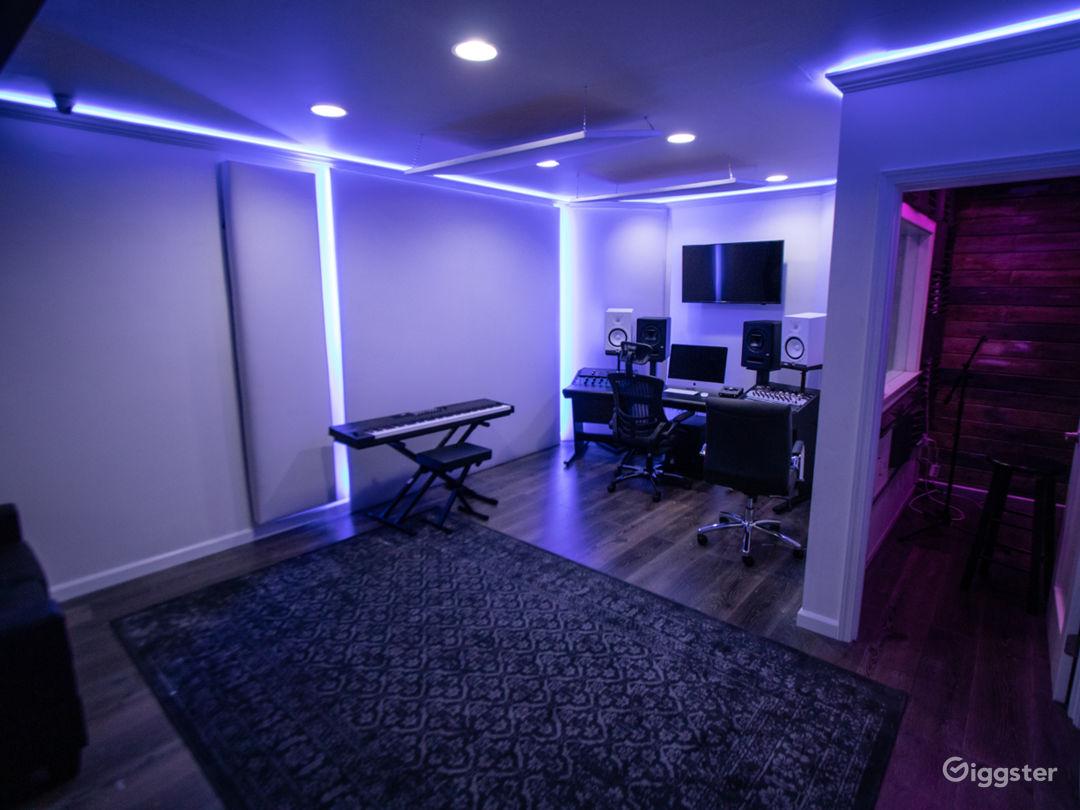 Fully Loaded Analog Hybrid Recording Studio Photo 5