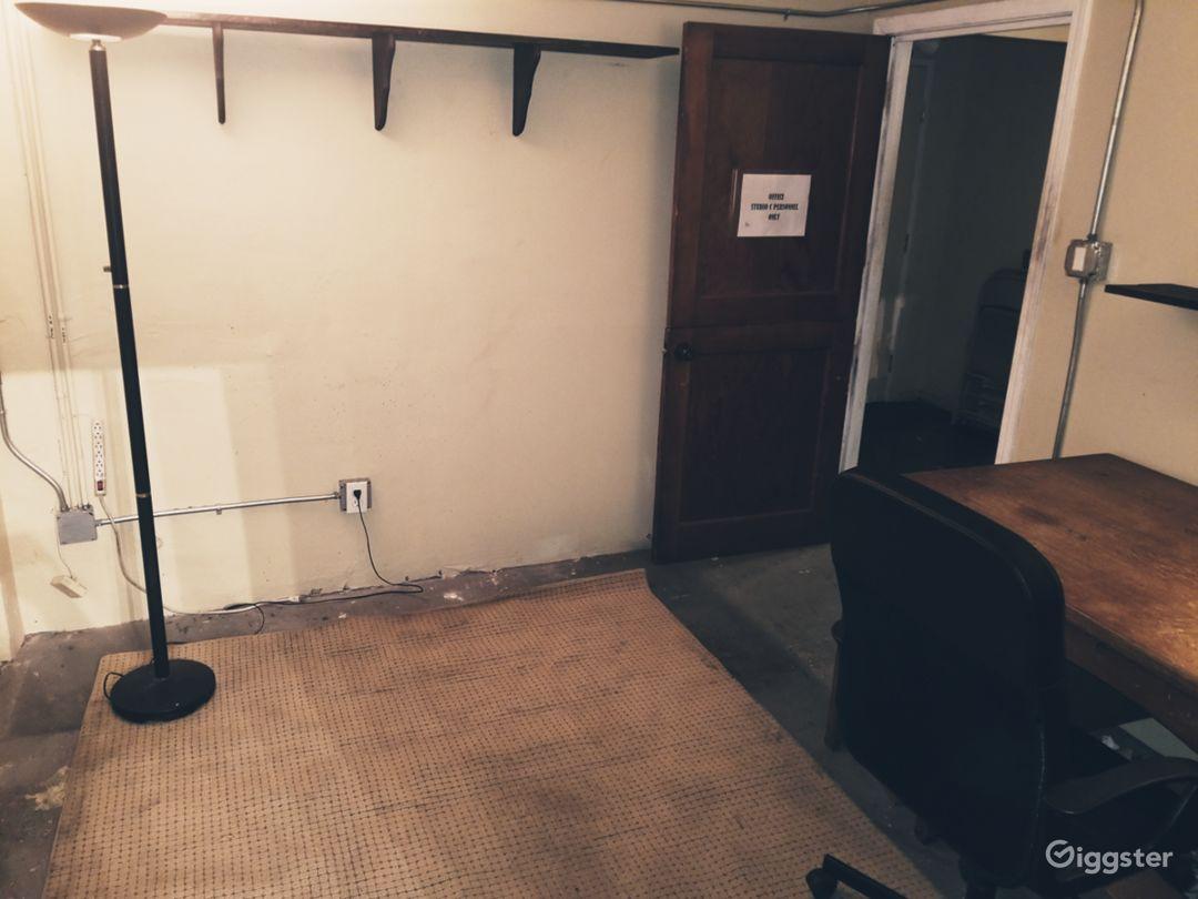 Dressing room/office