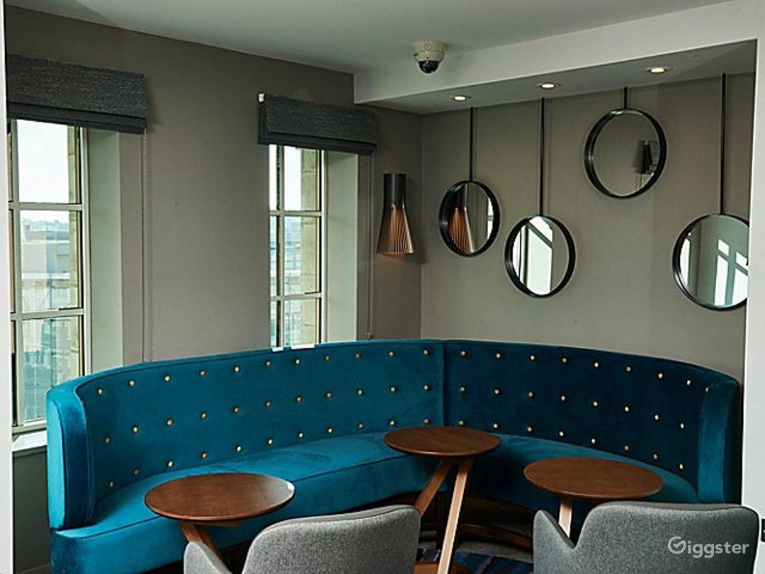 Modern Club Lounge in Blackfriars, London Photo 1