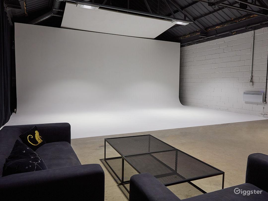 4800 Sq Ft Studio Space in London Photo 1
