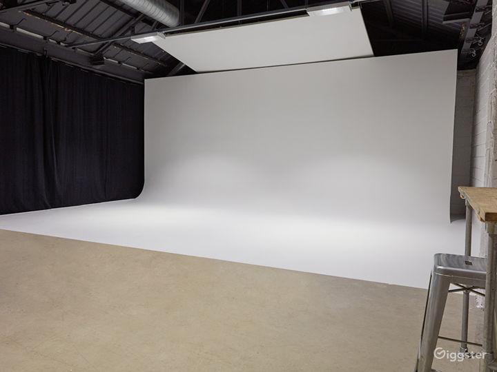 4800 Sq Ft Studio Space in London Photo 2