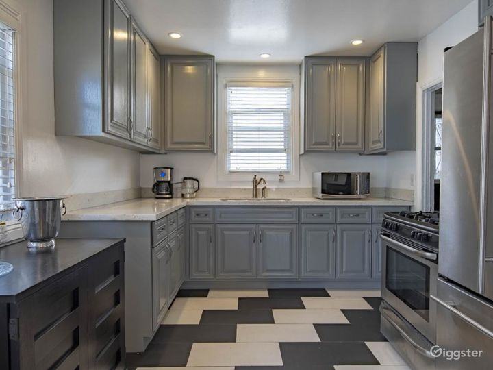 Open and modern kitchen!!!