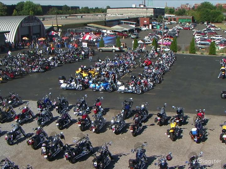 Events Venue in a massive Derby Park  Photo 5