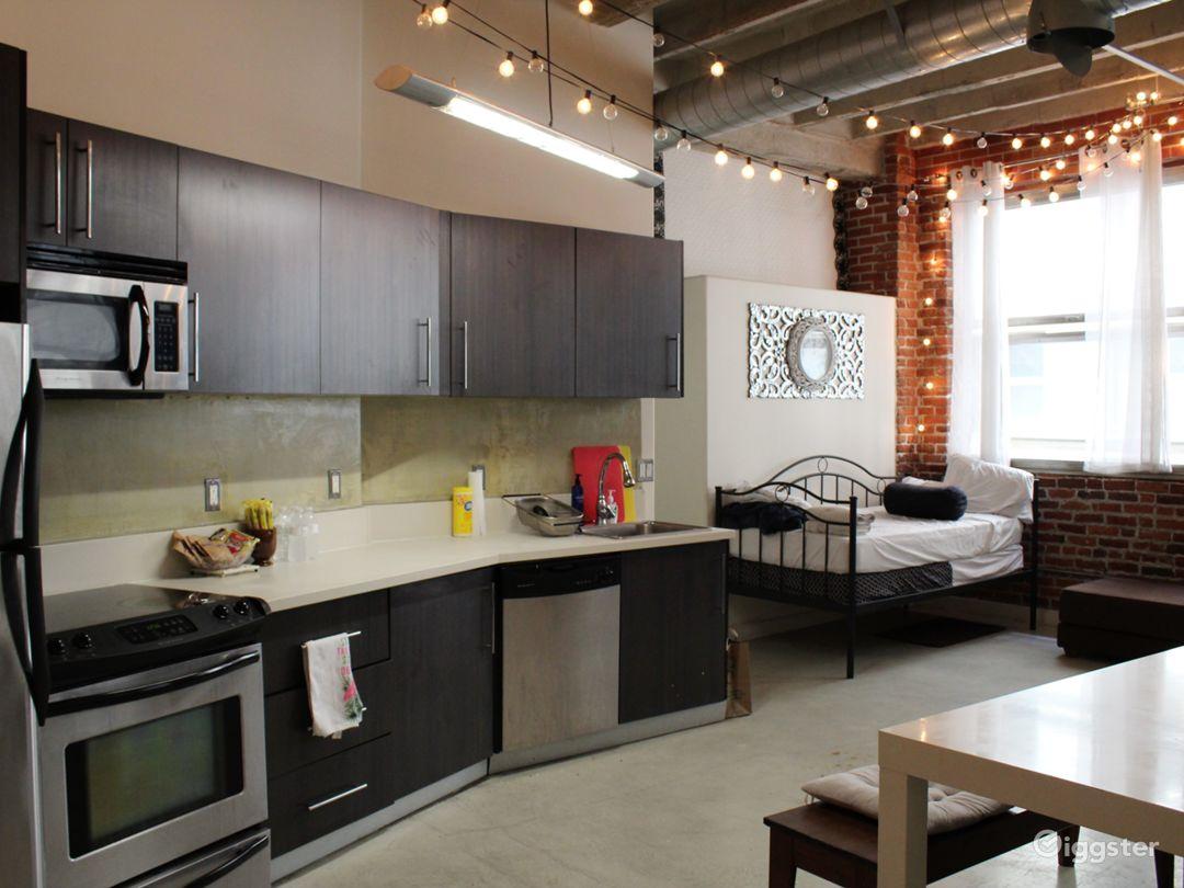 NYC Style Apartment Loft Photo 2