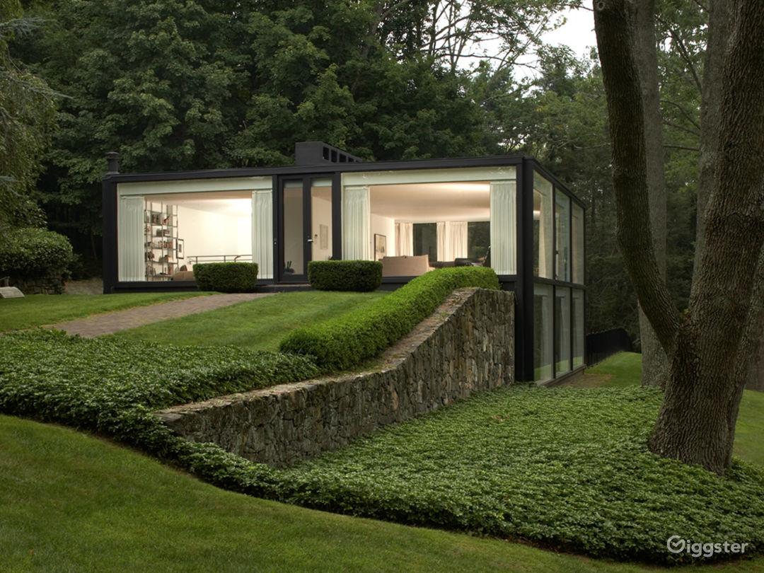 Philip Johnson Glass House mid-century glass house on 2.5 acres