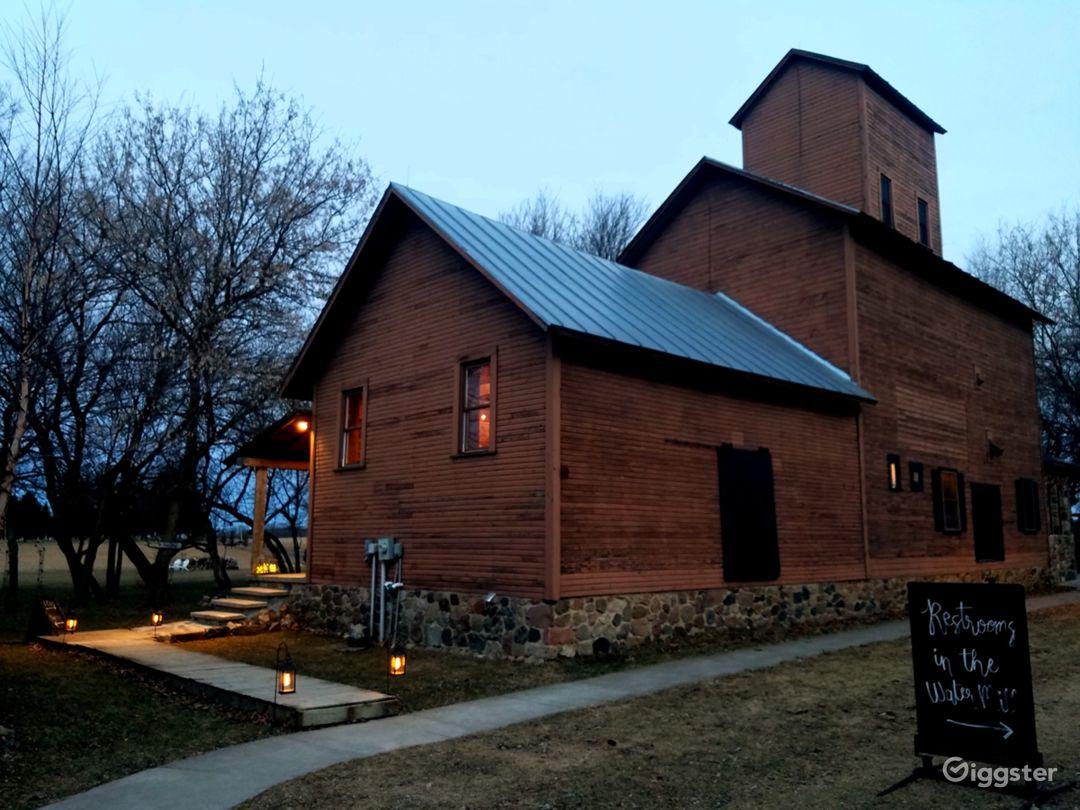 1900's Mill Lodge 4 stories tall-