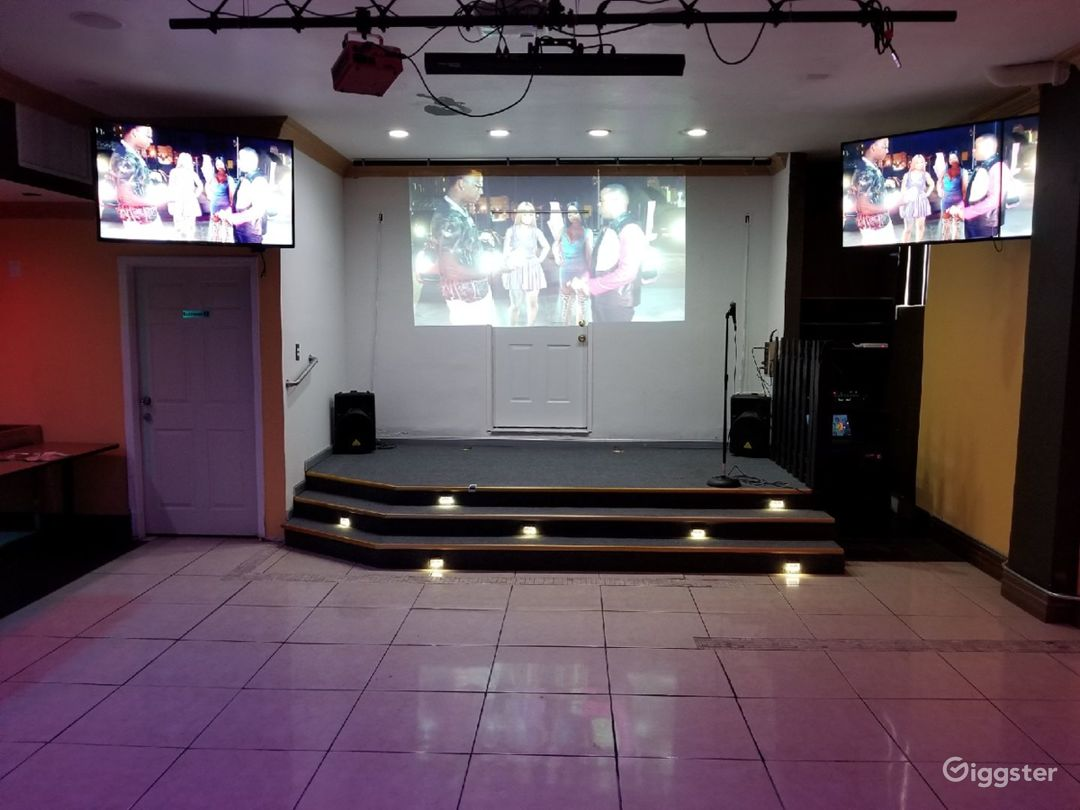 4 Giant screen TV's make for great sporting events. Green screen available for stage.