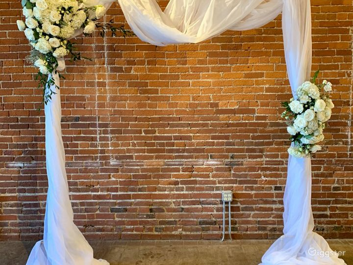 Ideal Space for Romantic Gathering in Noblesville Photo 5