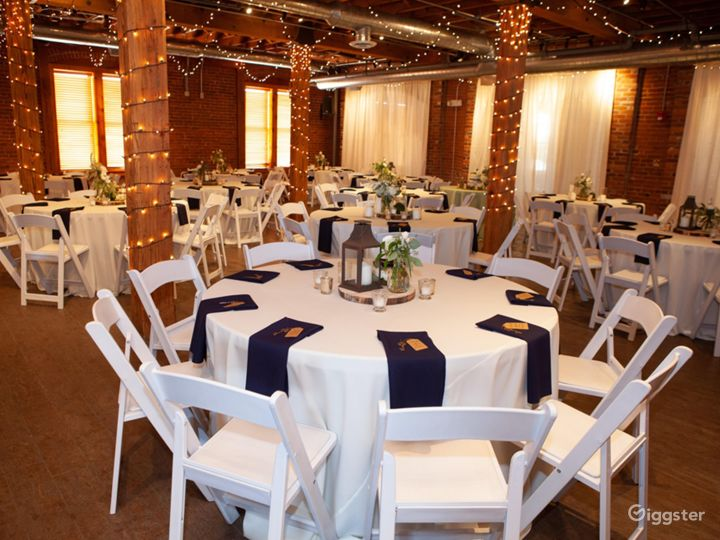 Ideal Space for Romantic Gathering in Noblesville Photo 3