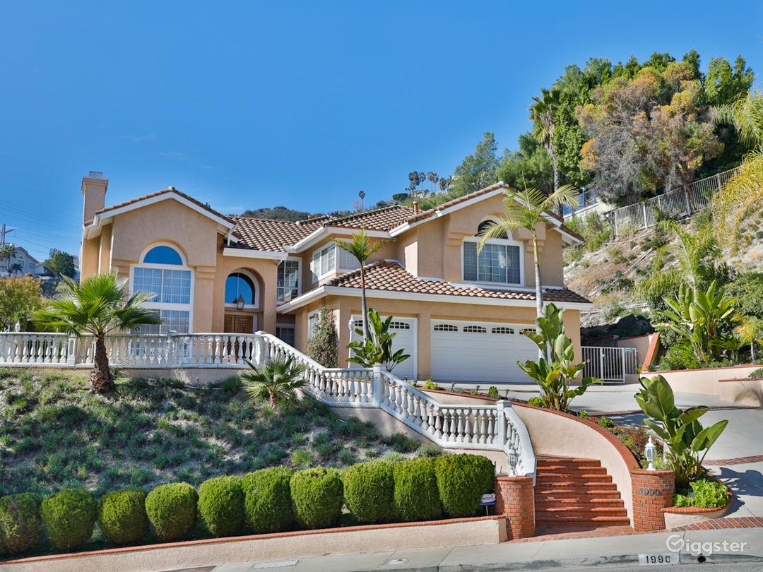 Beautiful House  Photo 1