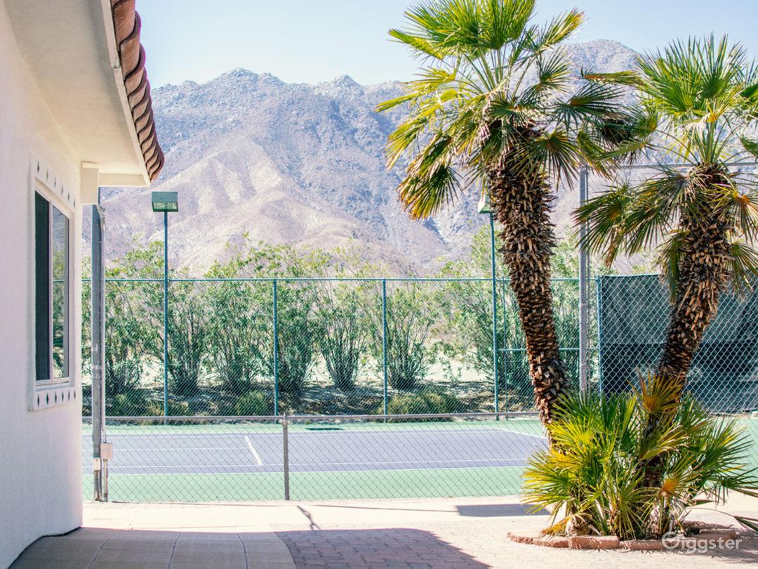 '70s tennis club and desert lodge in Anza-Borrego Photo 2