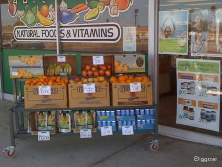 Spacious Health Food Store Perfect for Photoshoots and Productions in Oxnard Photo 2