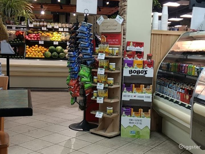 Spacious Health Food Store Perfect for Photoshoots and Productions in Oxnard Photo 5