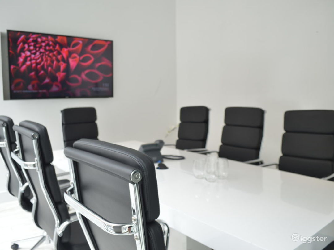 Conference Room for 1-8 Photo 1