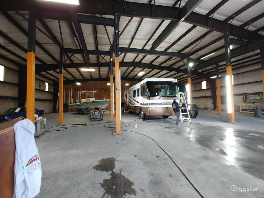 Warehouse with high ceilings to accommodate Marine, RV, & Aircraft Detailing.